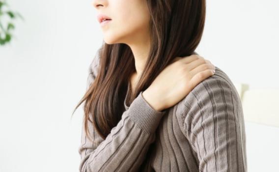 筋肉がスジ化した肩こり、首痛、頭痛